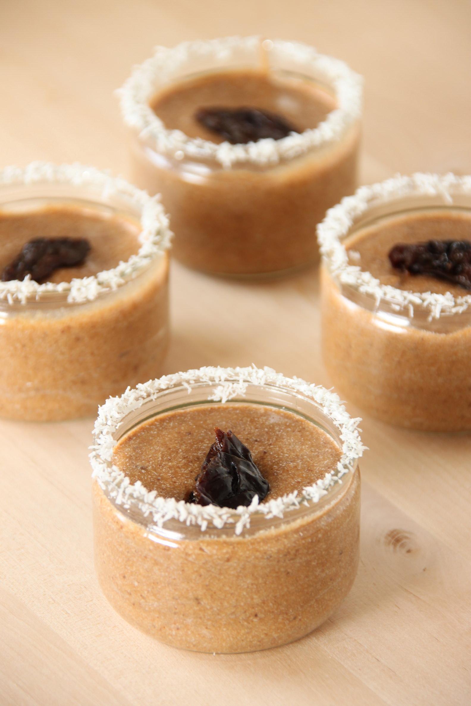 Crème dessert pruneaux/fleur d'oranger/coco