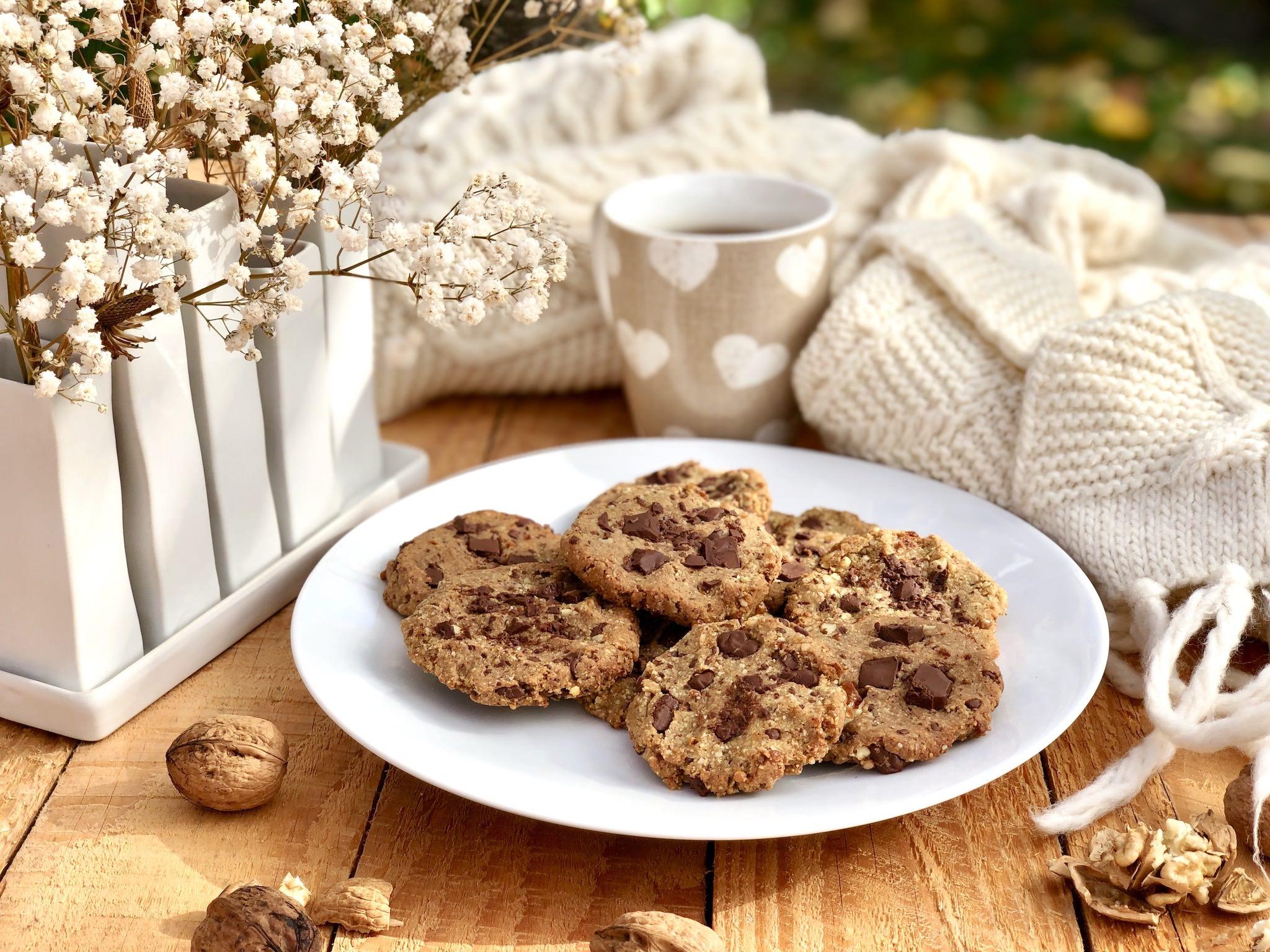 Cookies bio aux noix et pépites de chocolat noir sans gluten et vegan